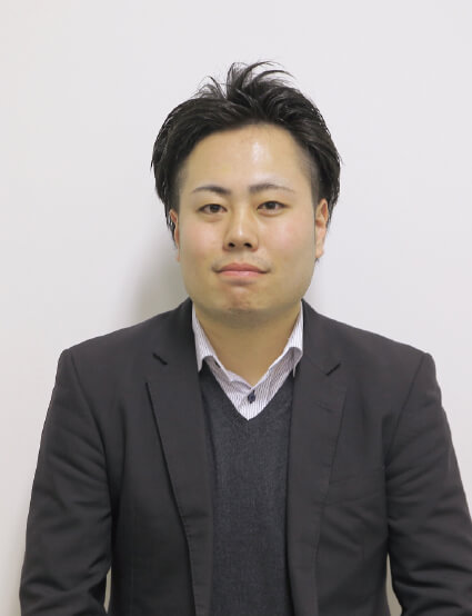 谷津 智啓<br>YATSU TOMOHIRO